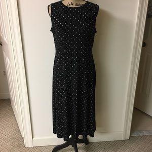 Chaps Sleeveless Black Dress